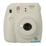 Fujifilm Instax Mini 9 fehér analóg fényképezőgép